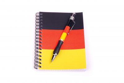 Kugelschreiber und Notizbuch im Set